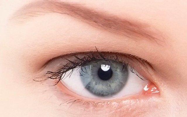Серый цвет глаз - значение, особенности